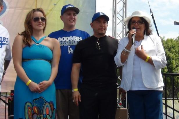 Rosie Rivera, Michael, Gustavo Rivera y Doña Rosa.