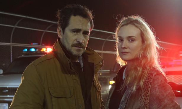 Los protagomistas de The Bridge, Demián Bichir y Diane Kruger.