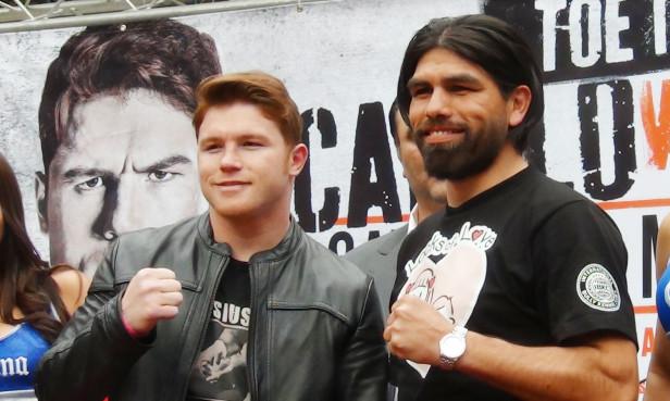 Saúl 'Canelo' Alvarez y Alfredo 'El Perro' Angulo tienen cita en el ring el 8 de marzo en Las Vegas.