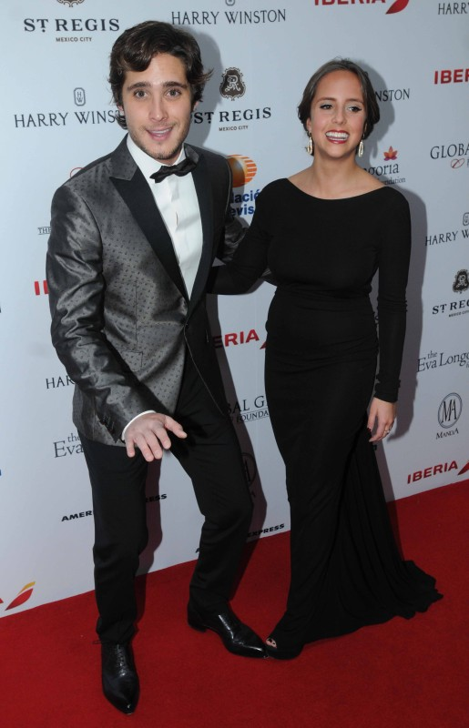 Diego Boneta con su hermana Natalia.