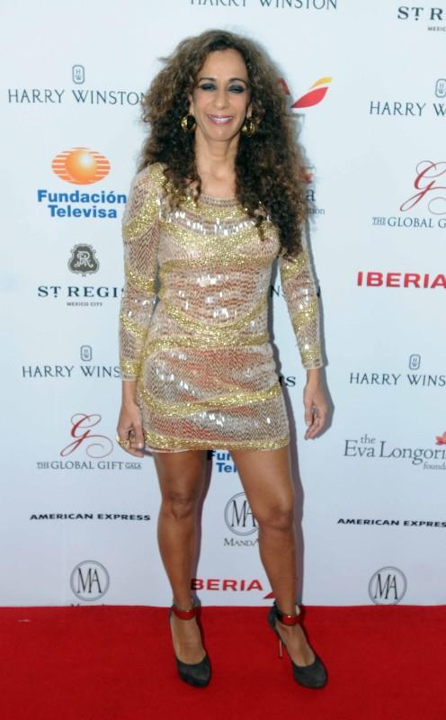 La cantante española arrancó suspiros al mostrar sus torneadas piernas.