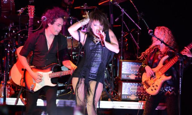 Alejandra Guzmán se convirtió en la primer cantante latina en presentarse en el remodelado The Forum de Inglewood. Foto: René Miranda