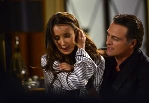 En su papel de Víctor de Rosas, Soler le hará la vida imposible al personaje de Paola Núñez, Reina Ortíz.