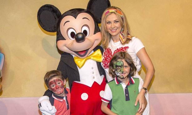 La Chule se disvirtió como niña en compañía de sus hijos y de los de Luis Miguel. Fotos: Paul Hiffmeyer/Disneyland Resort