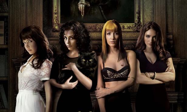 La cinta 'Más Negro que la Noche' se estrena este 26 de septiembre en Estados Unidos.