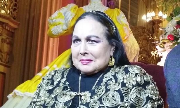 La cantante y actriz mexicana recibió un merecido reconocimiento en Los Angeles. Foto: Kioskonews