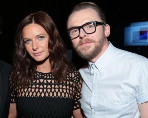 Rebecca Ferguson y Simon Pegg.