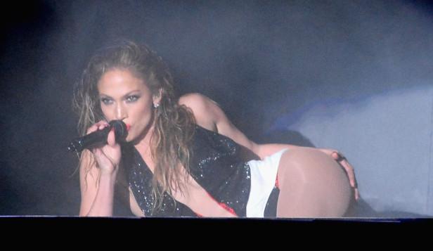 Jennifer Lopez fungirá anfitriona de los American Music Awards.