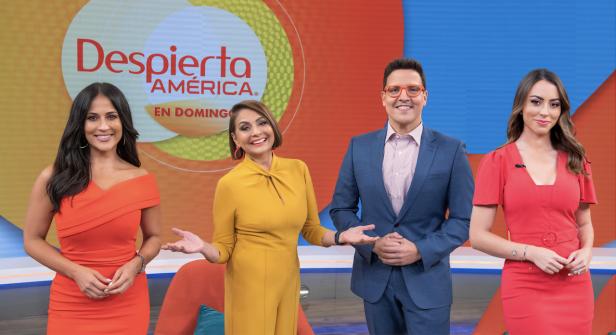 Maria Antonieta Collins, Raul Gonzalez, Jackie Guerrido, Carolina Rosario