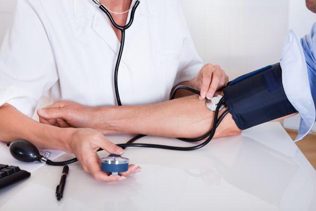 Pesion arterial, medico, checando presion,  blood pressure,